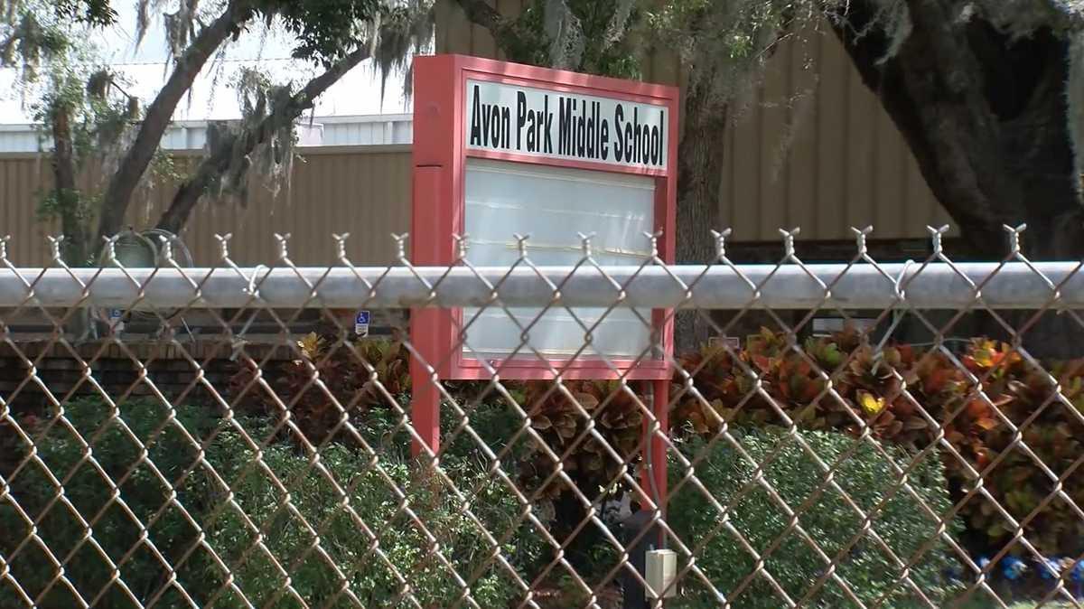 Jovens detidas após professora descobrir planos para matarem 9 pessoas