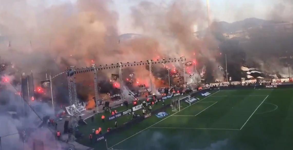 O PAOK ainda não é campeão, mas os adeptos já dão espetáculo incrível