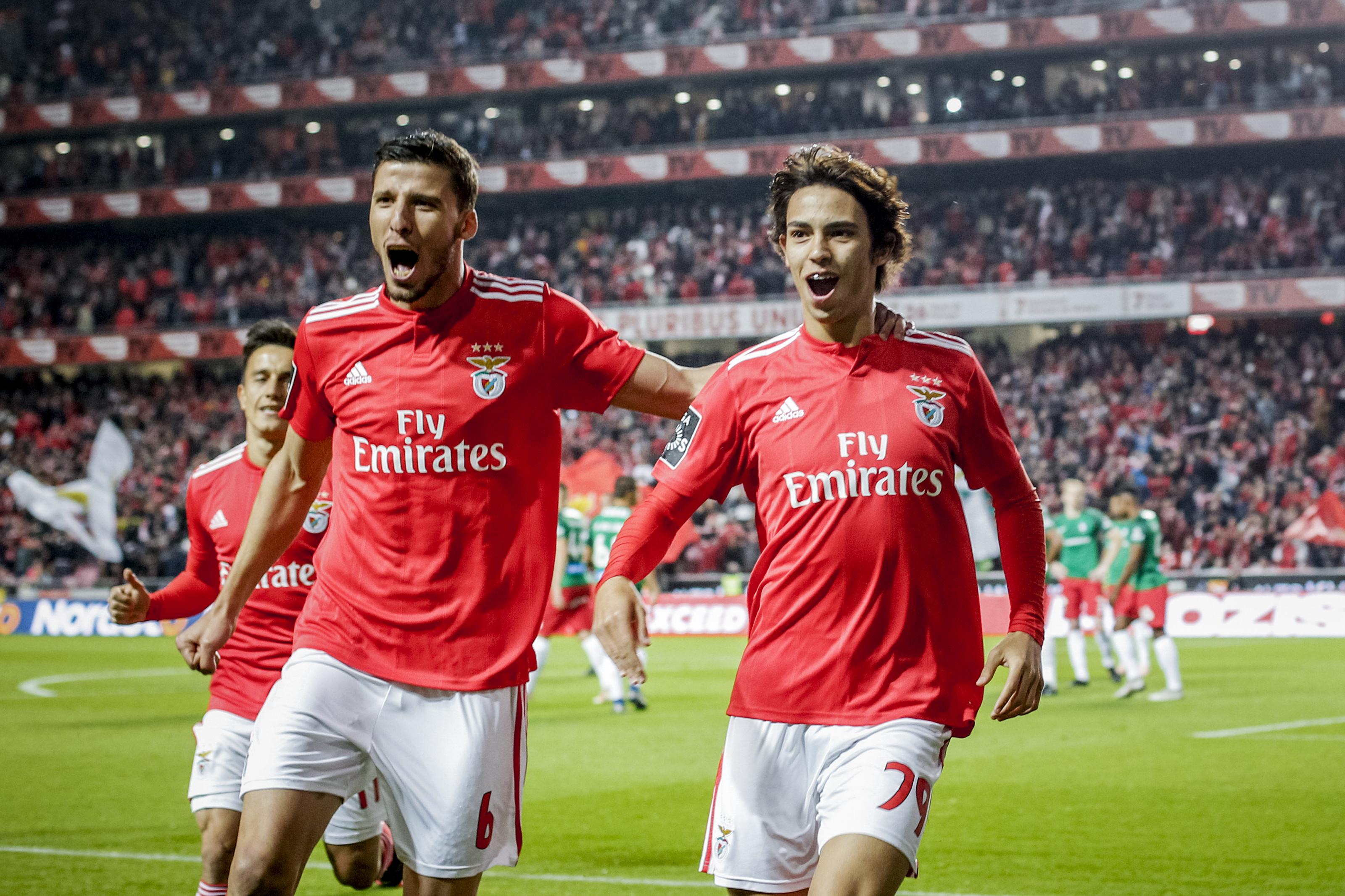 [1-0] Benfica-Marítimo: Intervalo na Luz