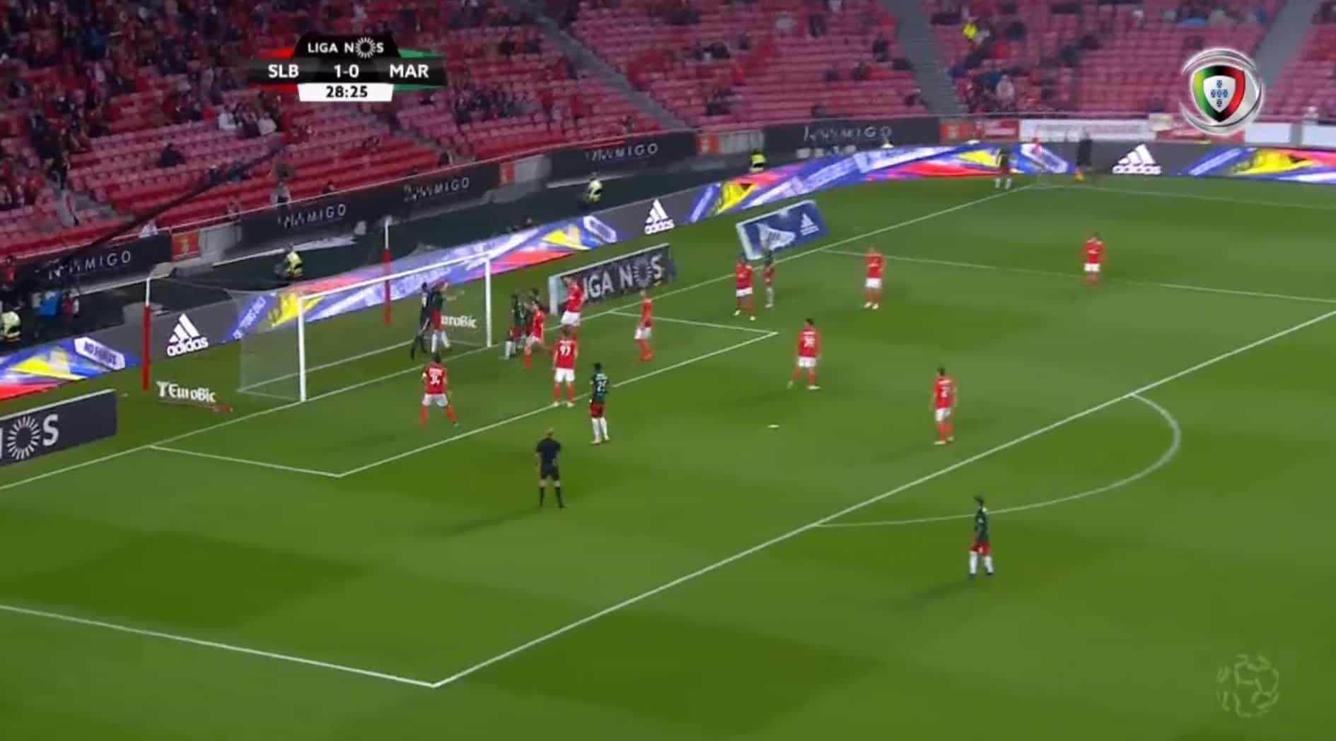Marítimo marcou, mas Luís Godinho assinalou falta sobre Vlachodimos