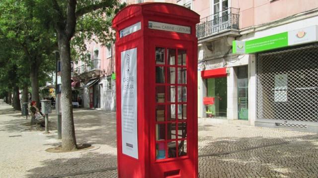 E se as cabines telefónicas se transformassem em cabines de livros?