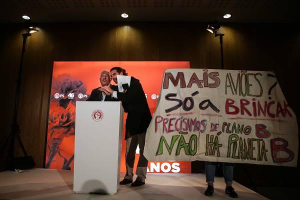 Ativistas que interromperam António Costa admitem fazer mais ações