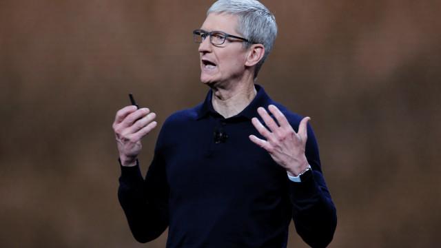 CEO da Apple deixa conselho para deixar de olhar tanto para o smartphone
