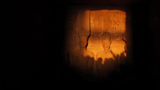 Egito anuncia descoberta de múmias em túmulo no sul do país