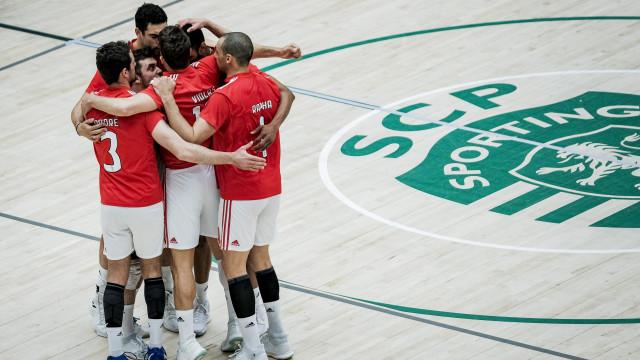 Benfica sagra-se campeão nacional de voleibol na casa do Sporting