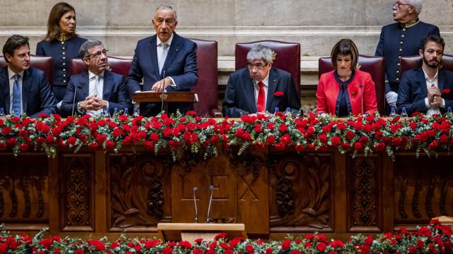 """25 de Abril. Da pátria que """"nasceu impossível"""" à muralha contra populismo"""