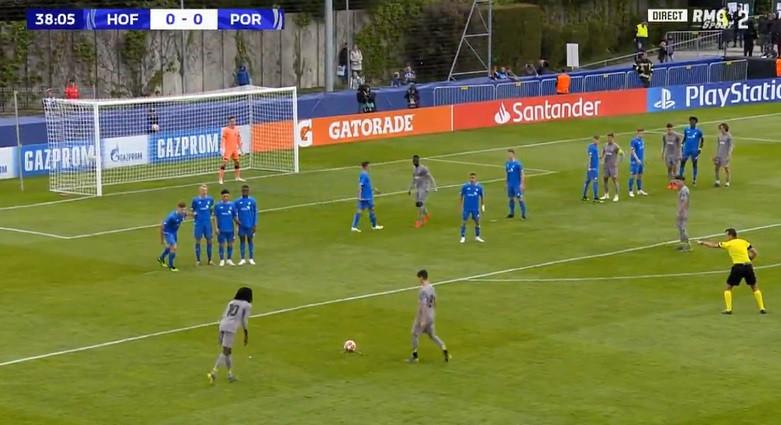 O maravilhoso livre de Romário Baró que adiantou o FC Porto
