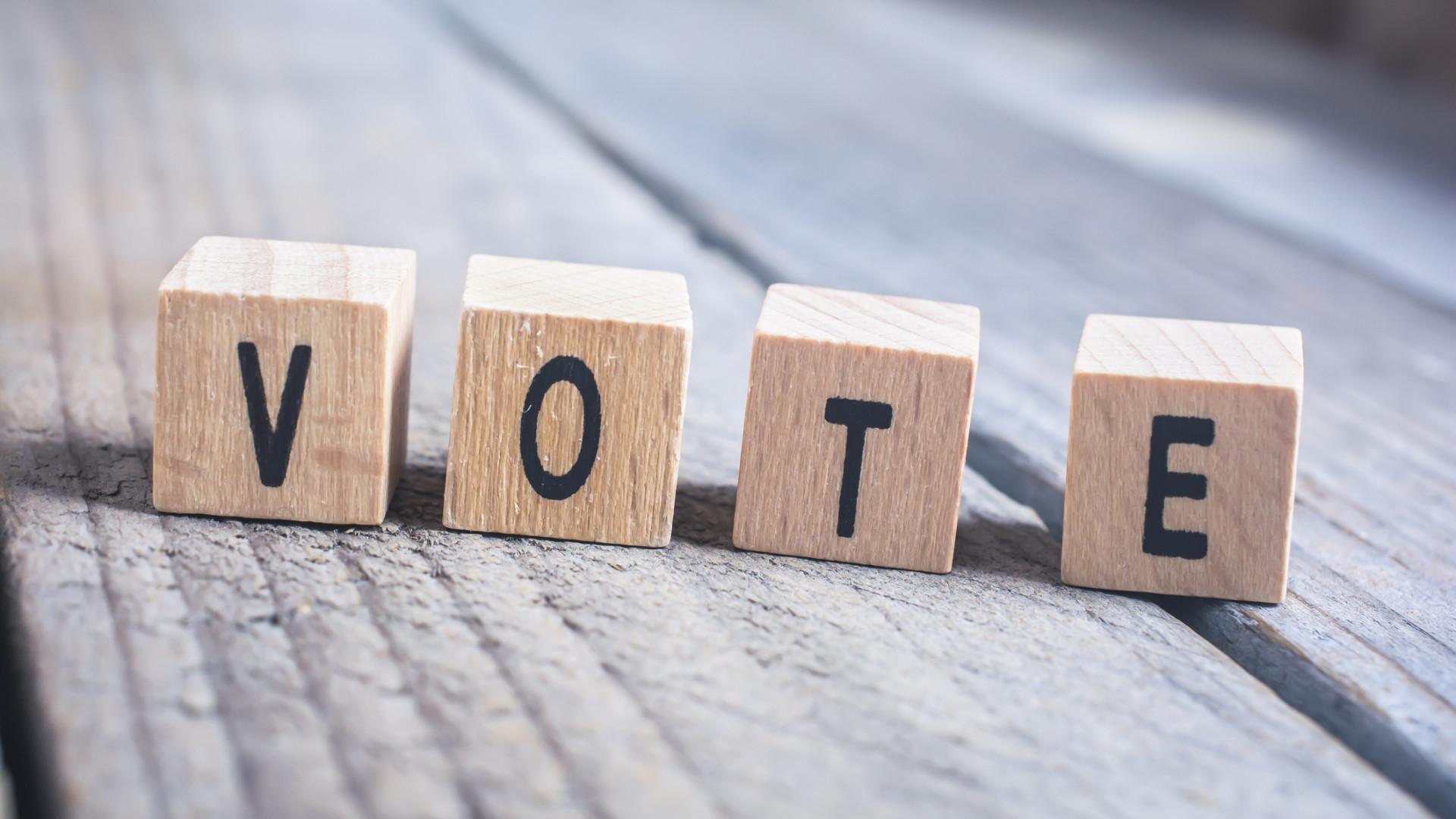 Eleitores fizeram fila nos Paços do Concelho para diminuir abstenção