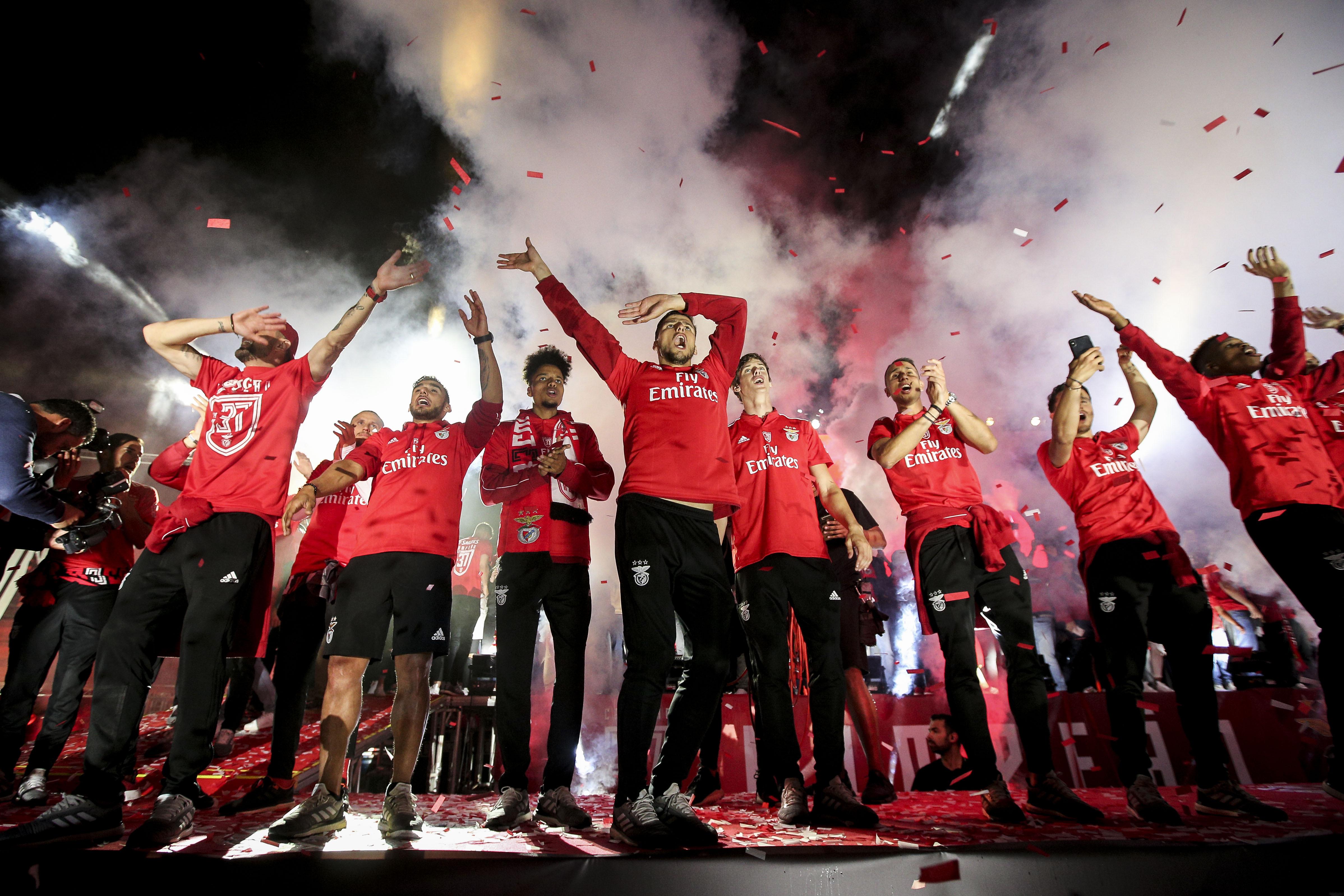 """""""O melhor de Portugal"""": Imprensa lá fora exulta com o título do Benfica"""