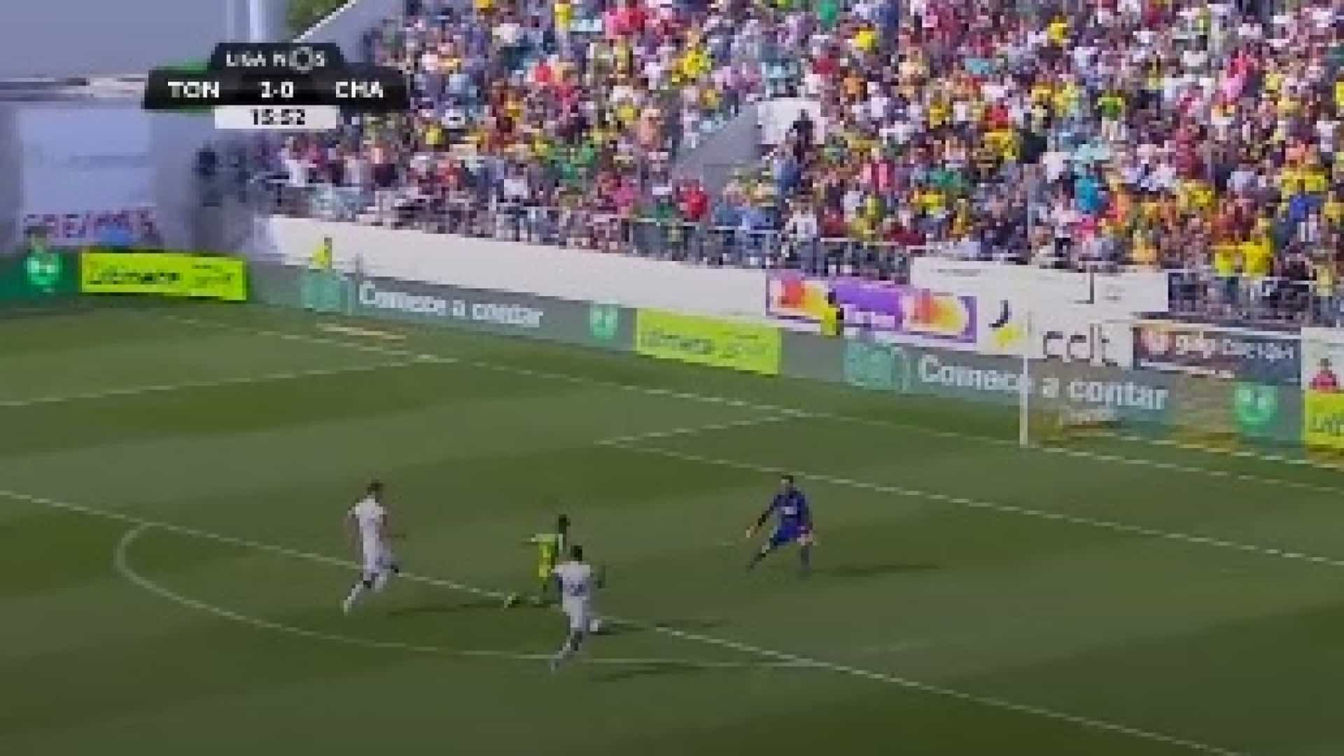 Murillo mostra sangue frio no terceiro golo do Tondela ao Chaves