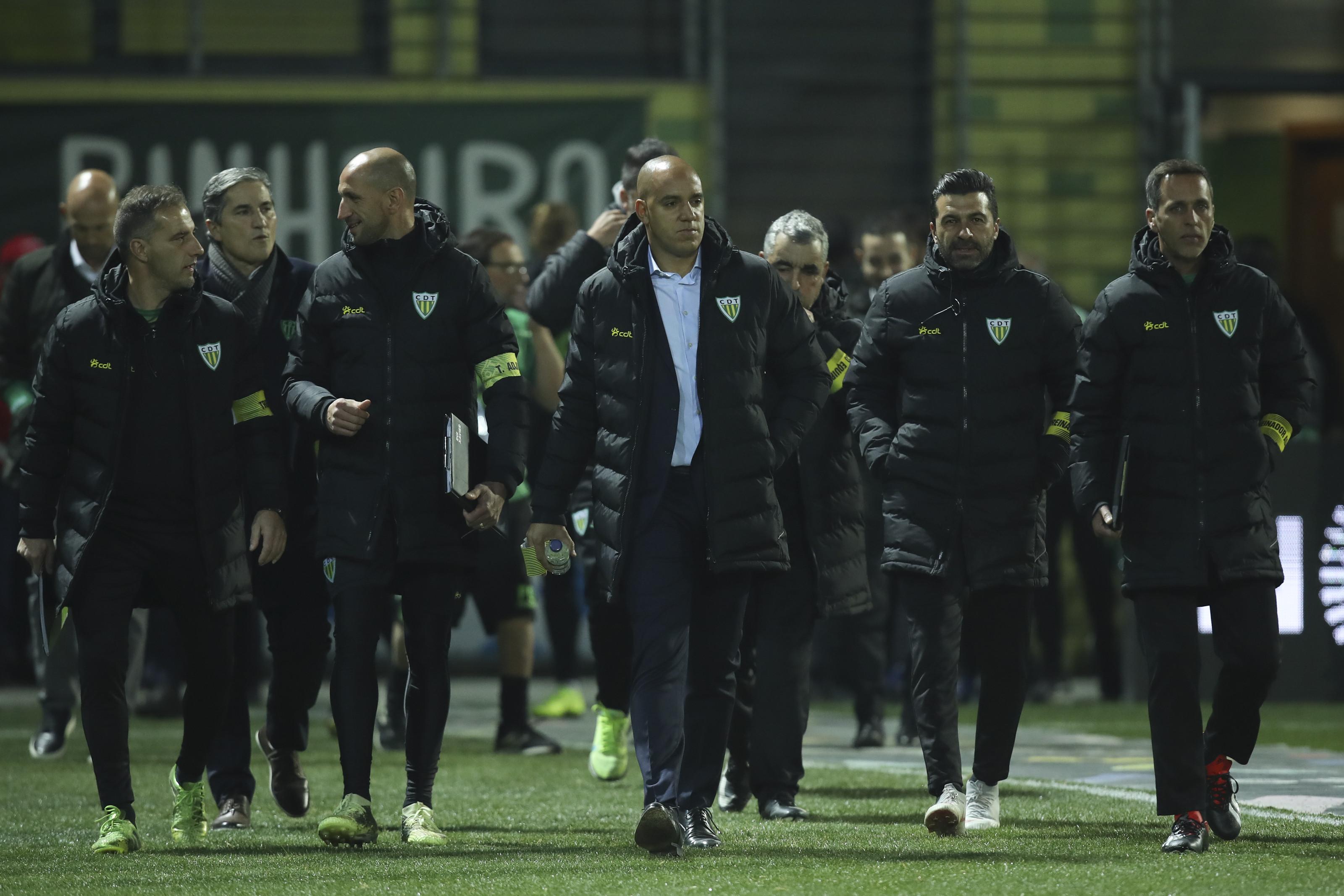 Jogo de loucos garante permanência do Tondela e condena Chaves à II Liga
