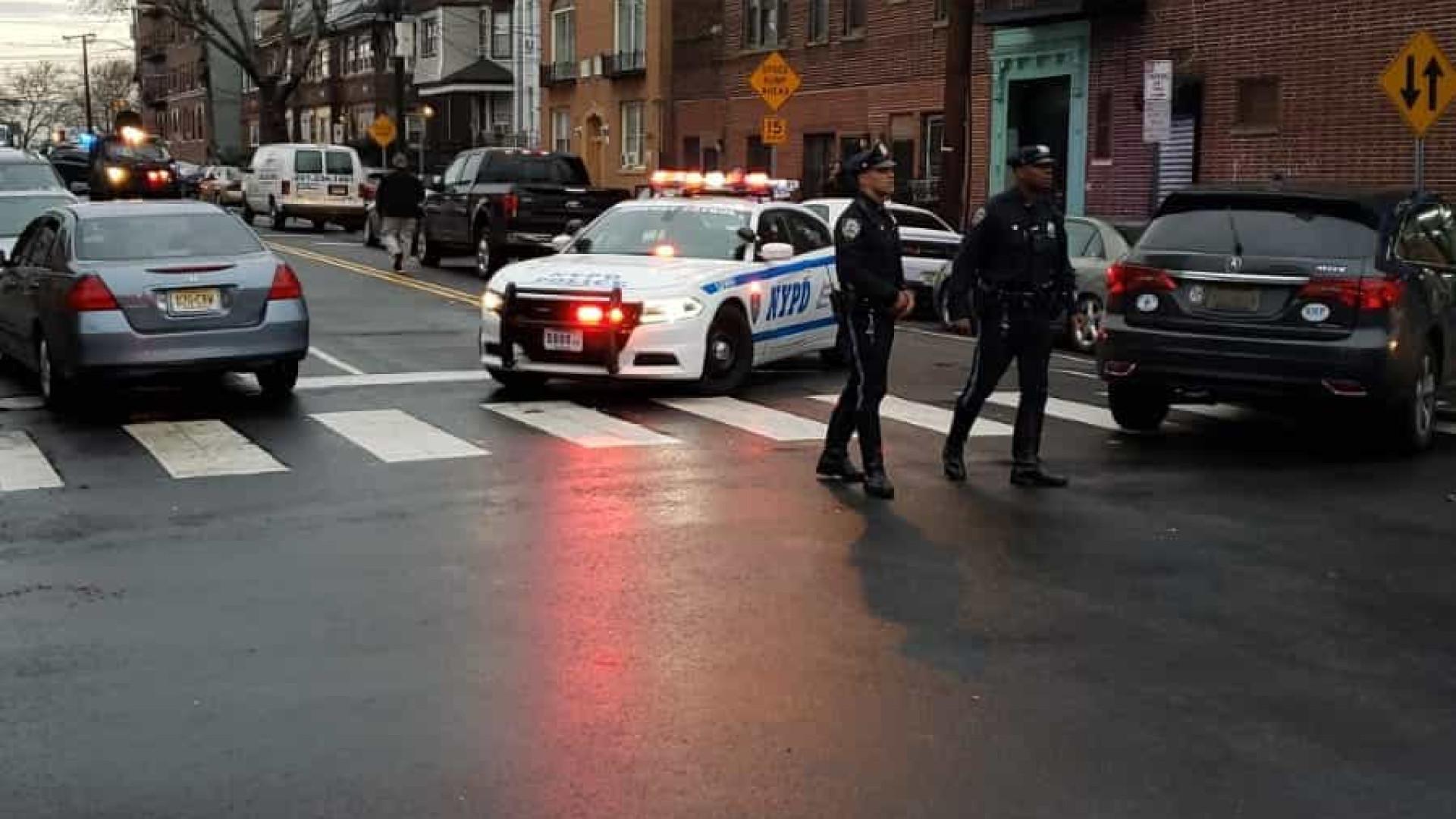 """Autoridades dão conta de """"vários mortos"""" em tiroteio de New Jersey"""
