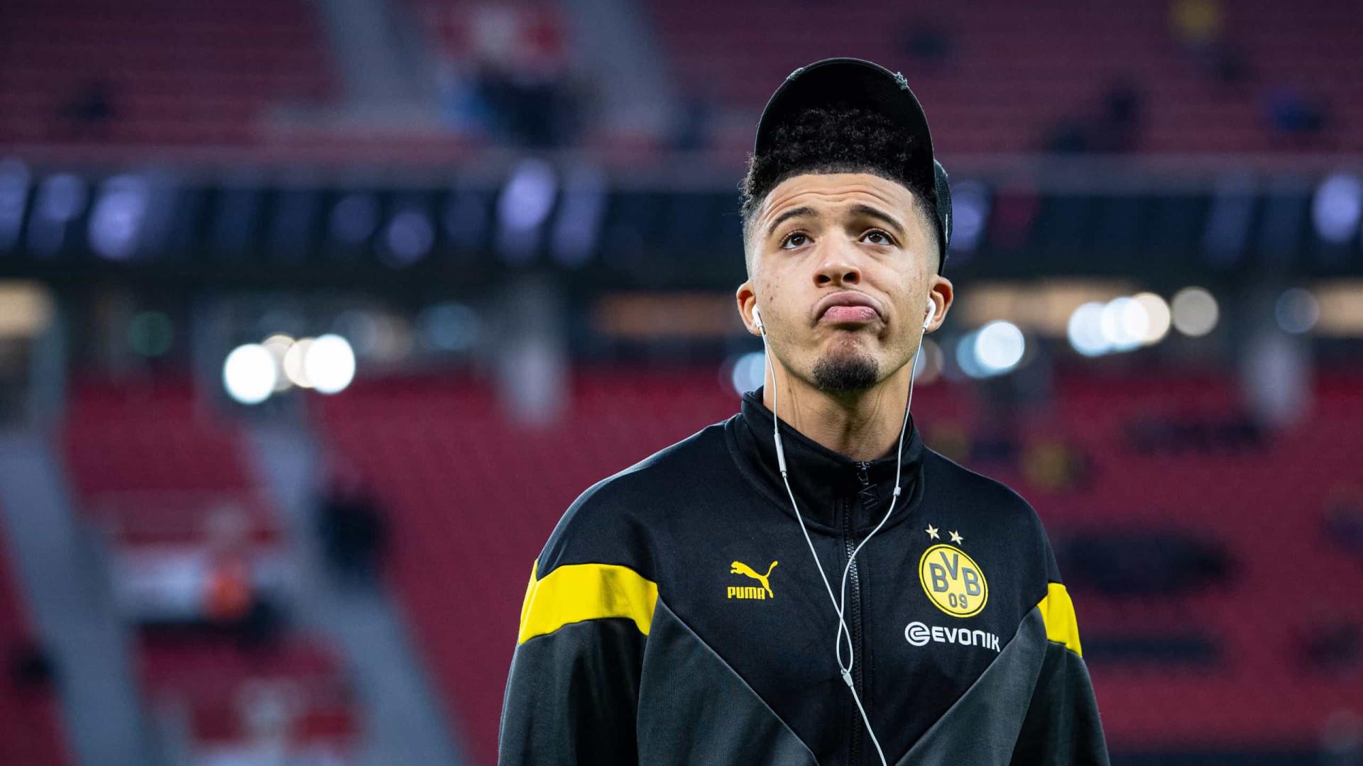Dupla do Dortmund multada por violar protocolo sanitário ao cortar cabelo