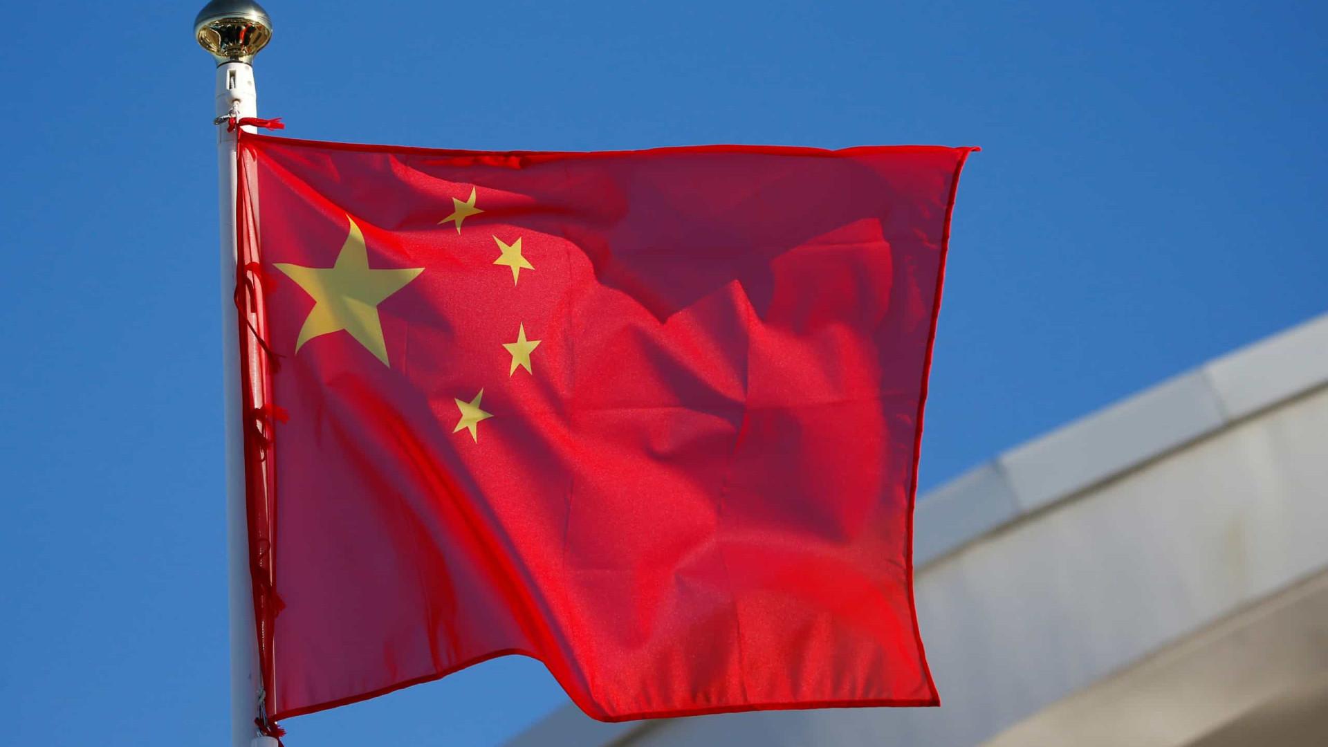 Comissário da China em Macau repudia relatório de eurodeputados