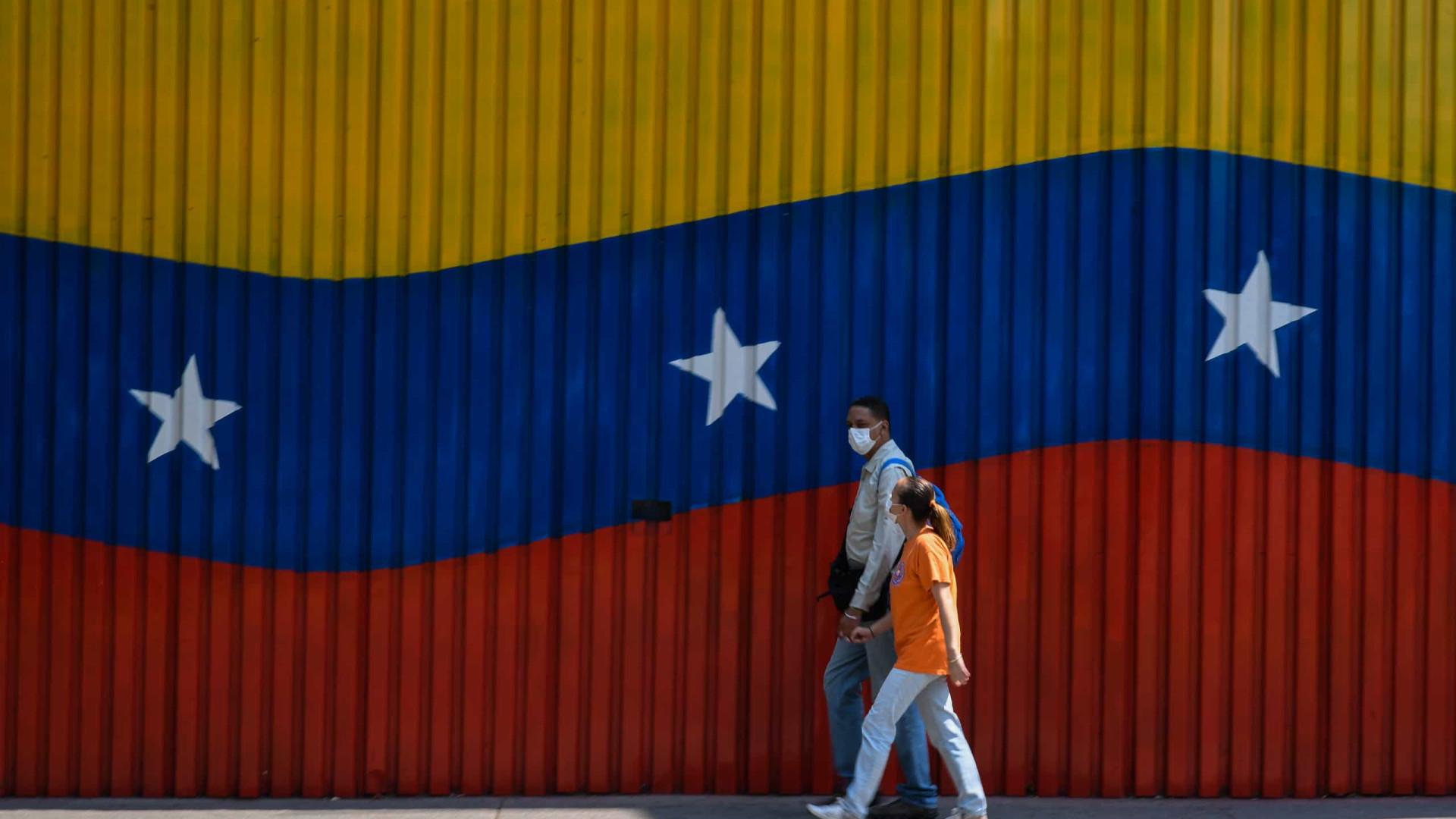 Venezuela: Eleições legislativas marcadas para 6 de dezembro
