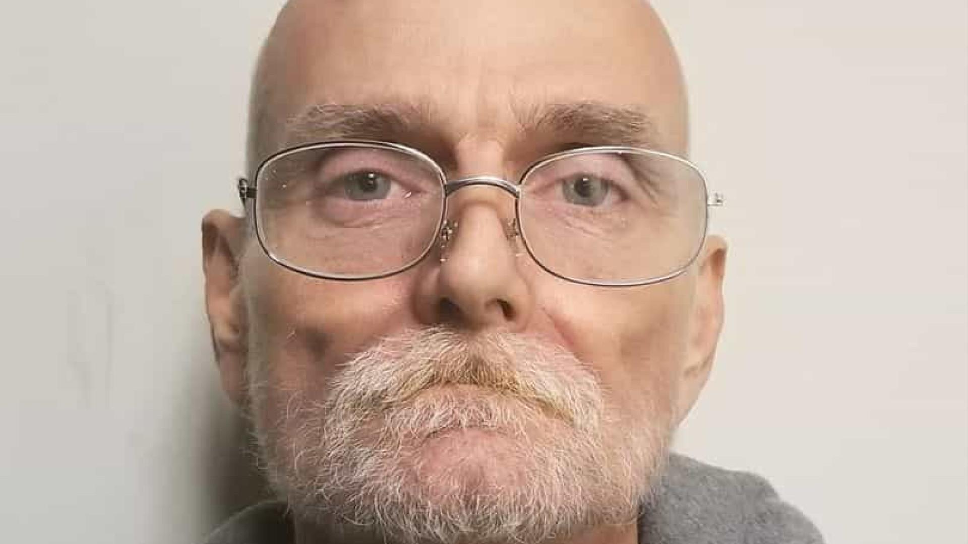 Doente em estado terminal liga à polícia e revela crime cometido em 1995