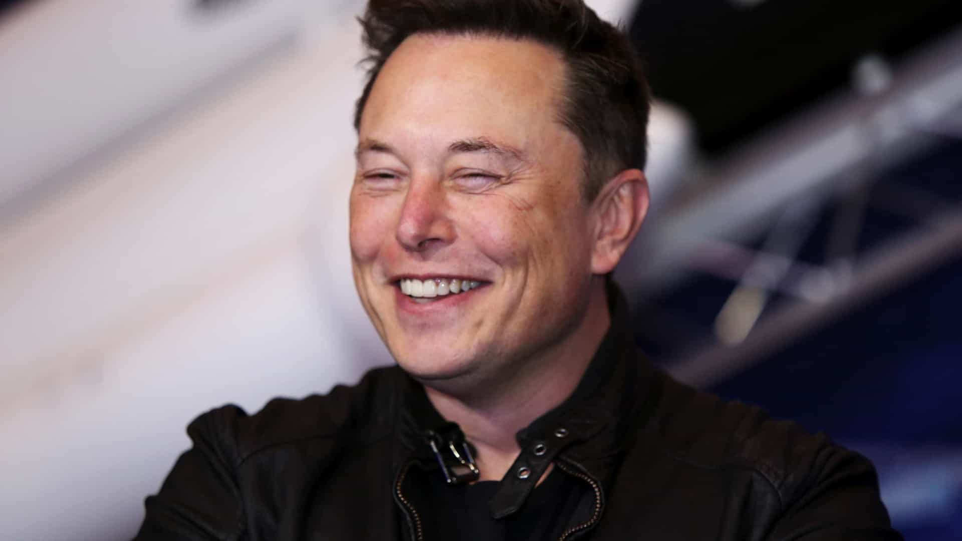 Autor de biografia de Steve Jobs também escreverá livro sobre Elon Musk