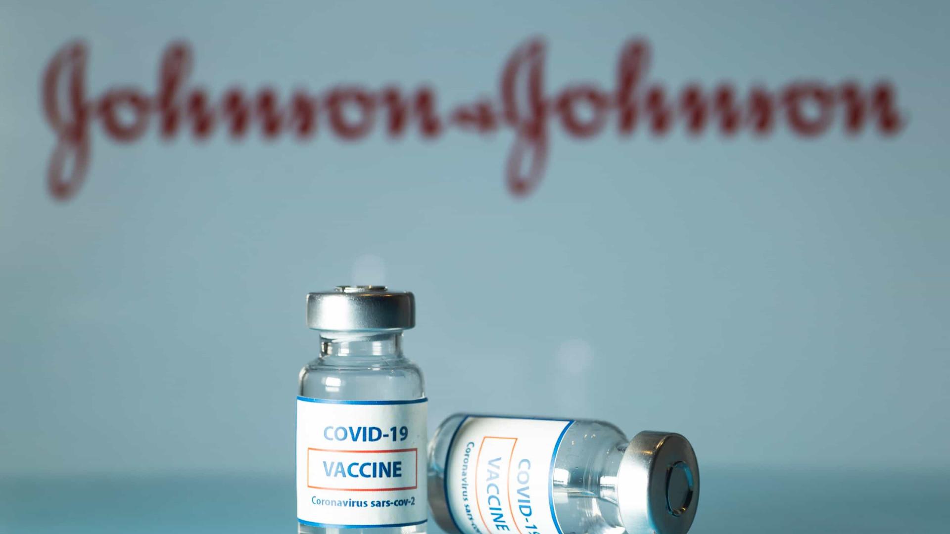 Covid-19: África do Sul retira dois milhões de vacinas Johnson & Johnson