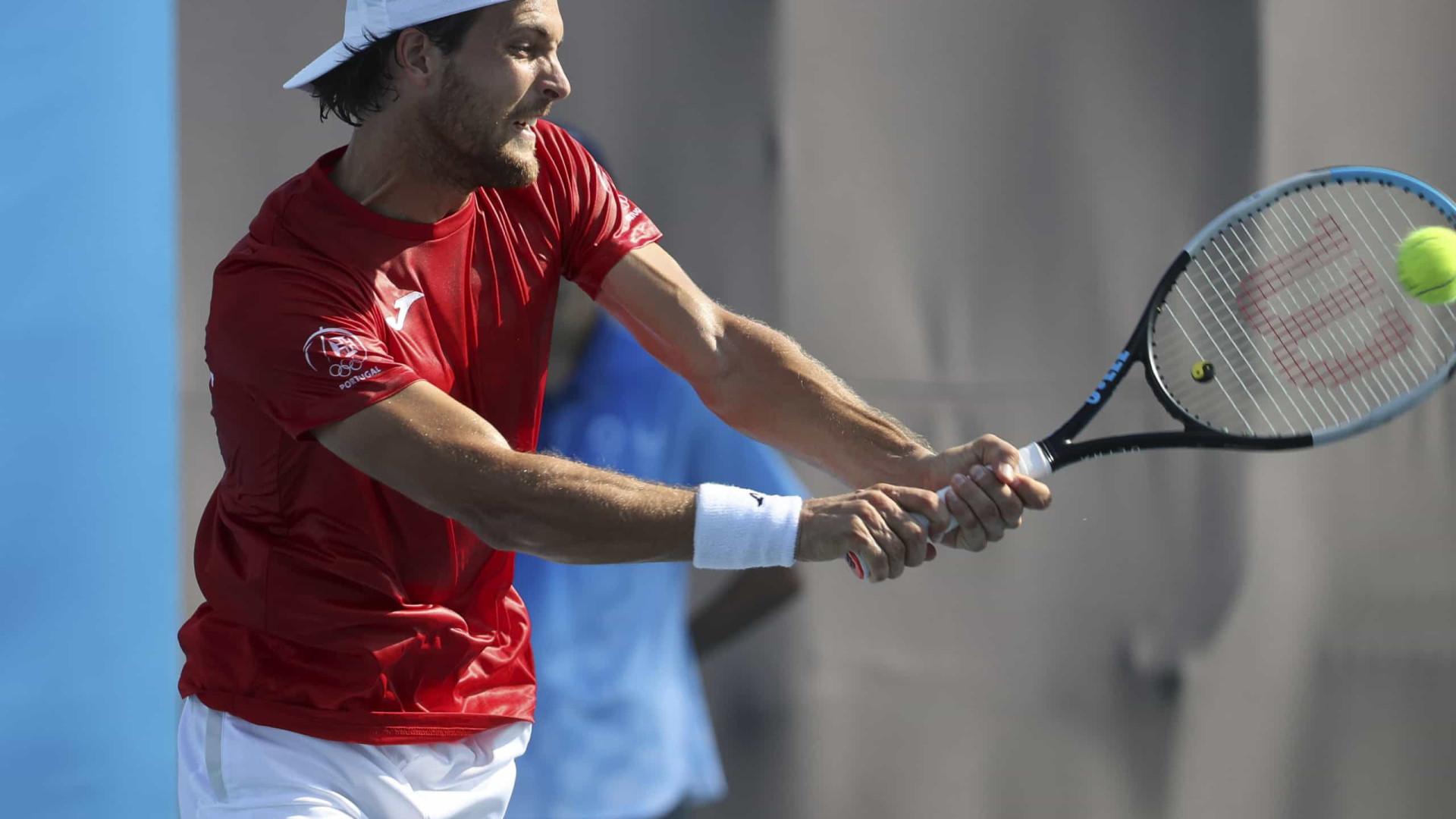 João Sousa na terceira ronda do 'challenger' de Brest