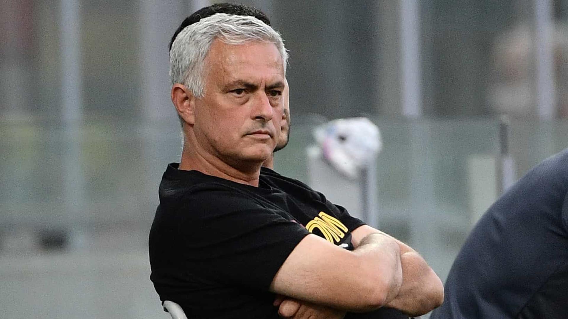 Mourinho continua imparável e volta a vencer antes do estágio em Portugal