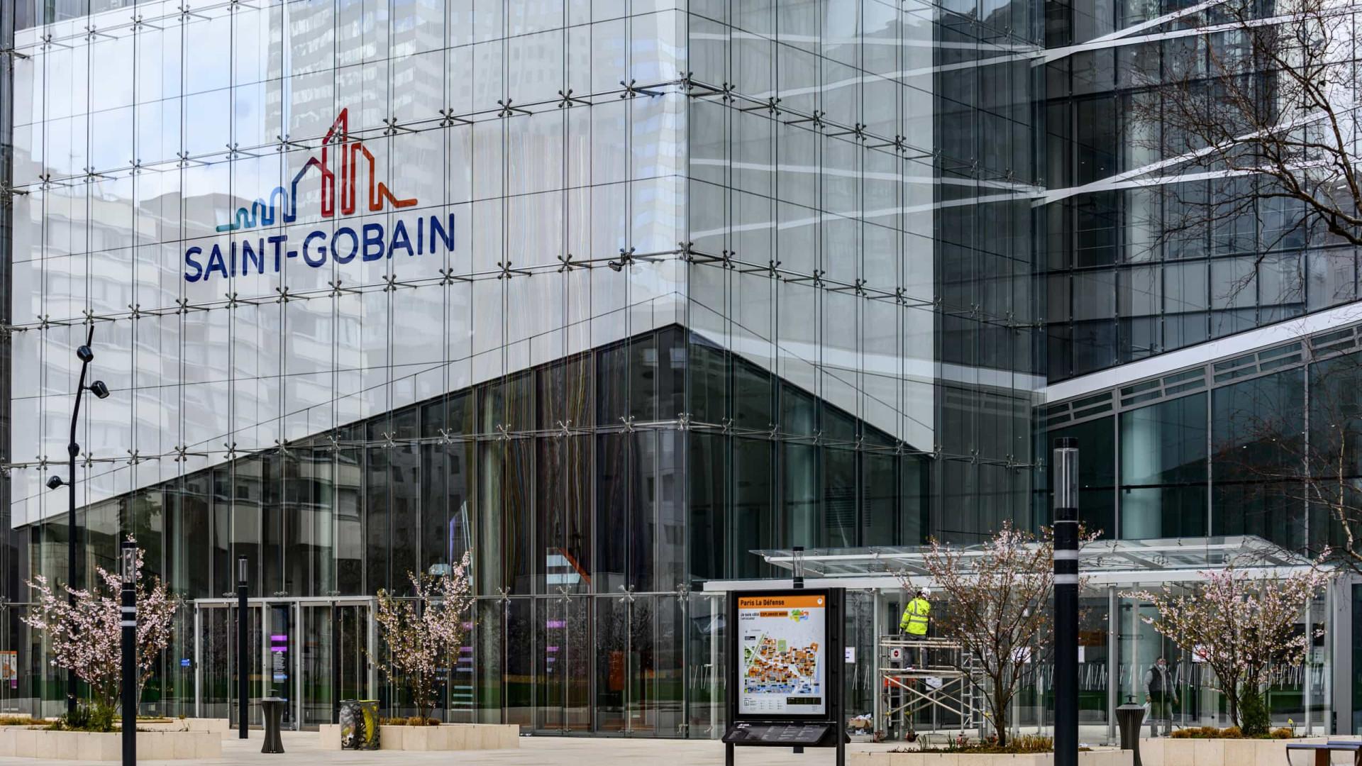 Saint-Gobain mantêm luta, considerando propostas da empresa insuficientes