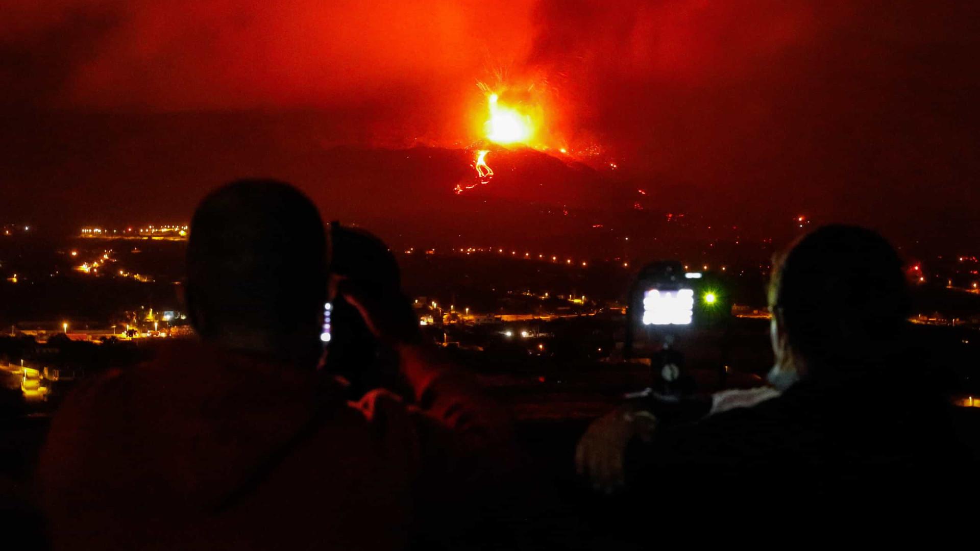 Cancelados voos com La Palma e Gomera devido à nuvem de cinzas do vulcão