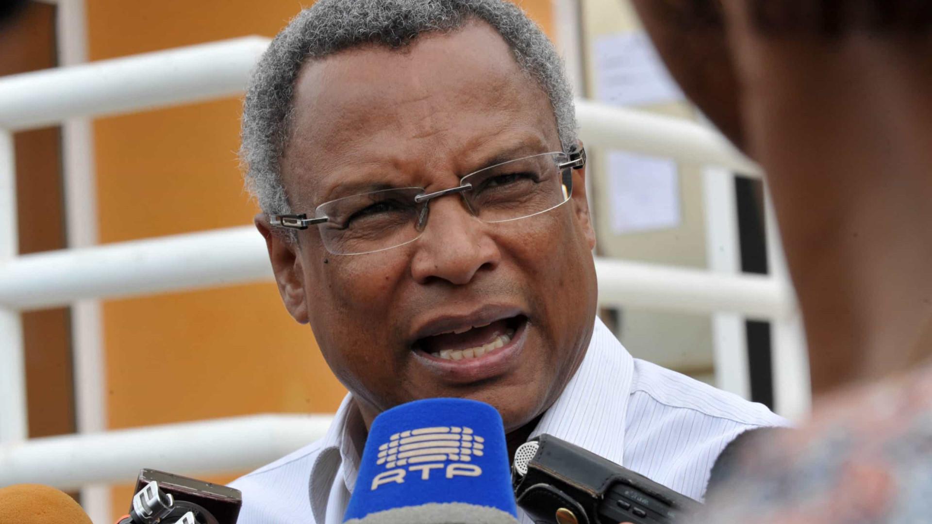 """Costa felicita """"com amizade""""  José Maria Neves por eleição em Cabo Verde"""